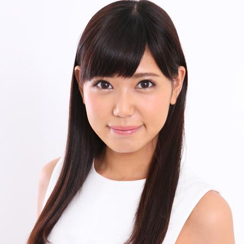 女子高生スタイルの片瀬美月さん